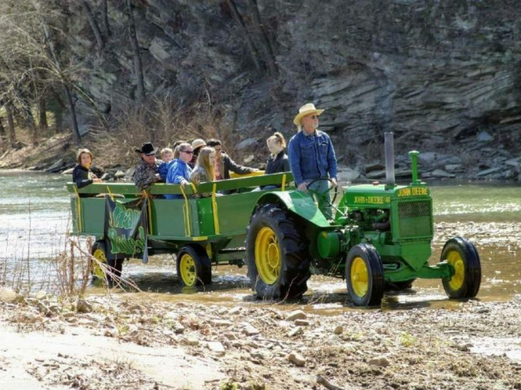 Take a Scenic Wagon Ride Through the River Valley
