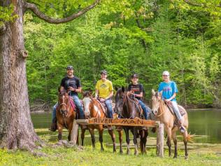 horseback riding in Broken Bow, OK