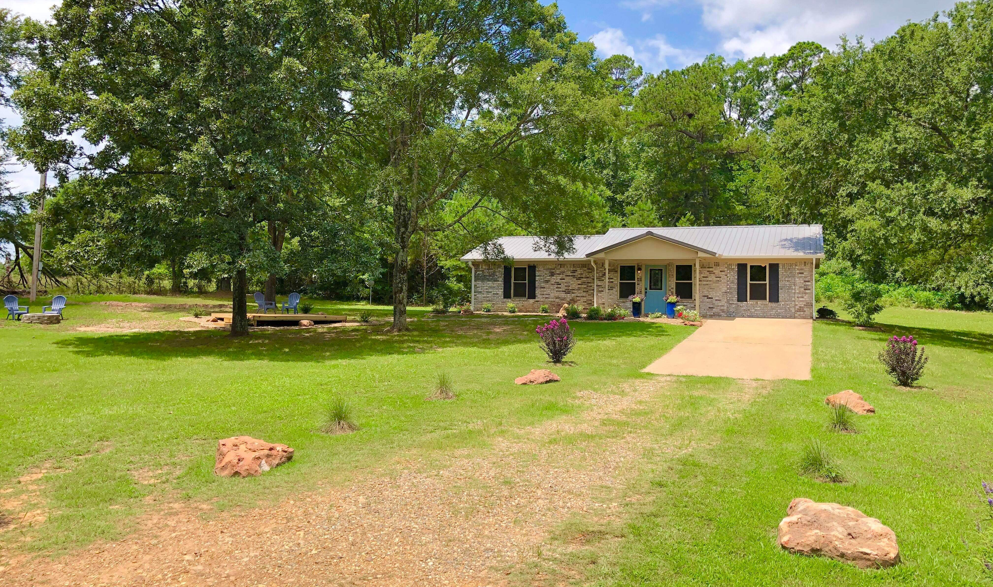 vacation rental home broken bow ok